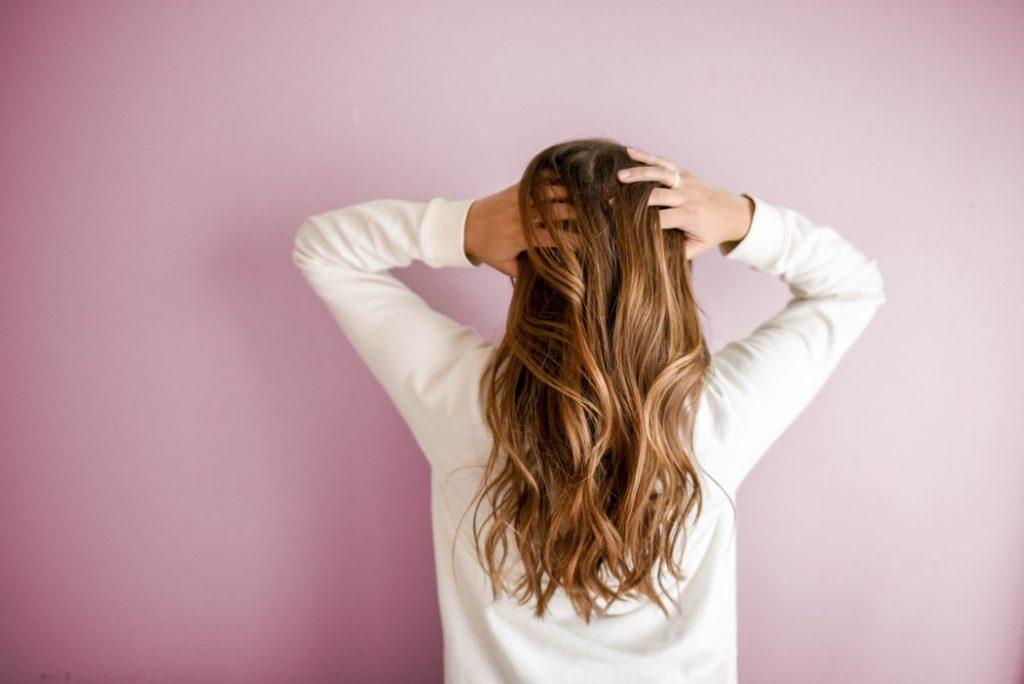 Come avere dei capelli splendenti grazie alla Spirulina